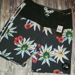 Quiksilver Highline Devils Tea Youth Boardshorts